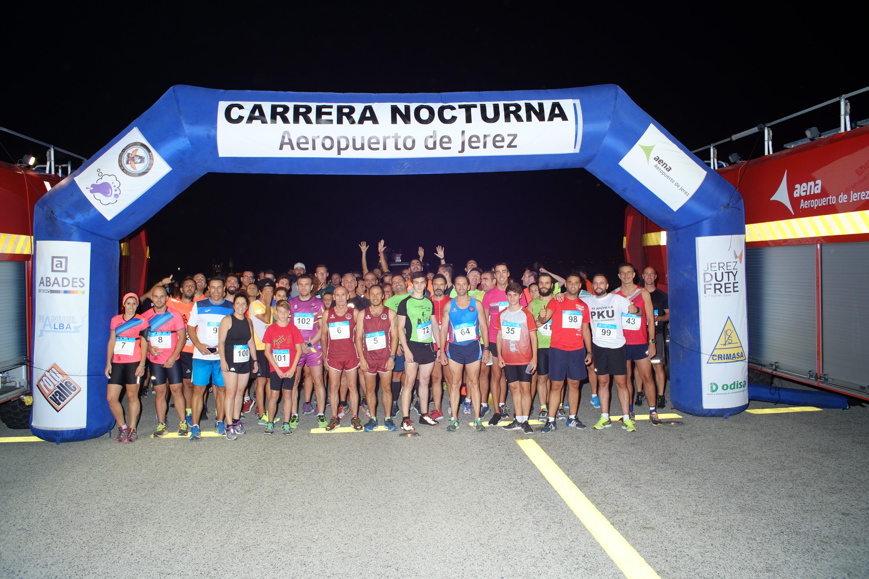 Participantes de la I Carrera Nocturna Aeropuerto Jerez